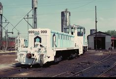 RailPictures.Net Photo: CRIP 999 Chicago, Rock Island & Pacific (Rock Island) EMD RDSLUG/RDMATE at Armourdale, Kansas by Paul F. De Luca