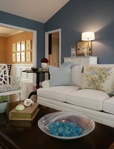 foggy blue and white coastal beachy living room