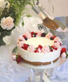 Holidays And Events, Vanilla Cake, Oreo, Tart, Baking, Desserts, Food, Cakes, Tailgate Desserts