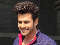 Pearl V Puri: Unknown secrets about an actor you may not know! Handsome Celebrities, Handsome Actors, Handsome Boys, Romantic Love Images, Sunshine In My Pocket, Best Bollywood Movies, Baby Pearls, Stylish Sarees, Cute Stars