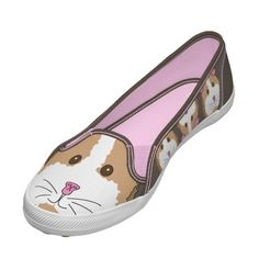 Guinea pig shoes!! I want to know where the heck you can get these things.