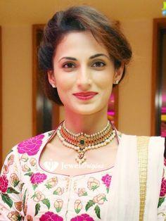 Shilpa Reddy in Uncut Diamond Choker | jewelorigins.com-Indian Designer Gold and Diamond Jewellery,Indian Bridal Jewellery