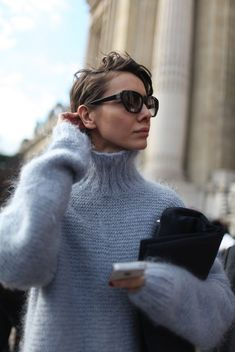 Hairstyles For Christmas 27 Chic Looks für den Rollkragen Herbst Outfit Looks Street Style, Looks Style, Looks Cool, Style Me, Lady, Look Chic, Mode Inspiration, Fashion Inspiration, Mode Style