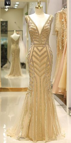 ac802cf303 Delicate Tulle V-neck Neckline Floor-length Mermaid Evening Dress With  Beadings Chains