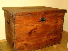 Alte massive Holztruhe - zu kaufen bei DaWanda