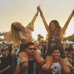 Attend a music festival with my #HansenHuddle ✽❂❃✧❃❂✽
