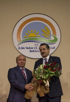 Başbakan Ahmet Davutoğlu'nun açıkladığı 64. Hükümet'te Gıda Tarım ve Hayvancılık Bakanlığı görevine getirilen Faruk Çelik görevini Kutbettin Arzu'dan devraldı. [25.11.2015]