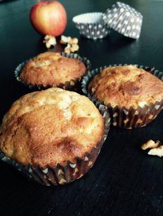 Almás-diós muffin Hungarian Recipes, Hungarian Food, 30th, Deserts, Cupcakes, Cookies, Breakfast, Sweet, Dios