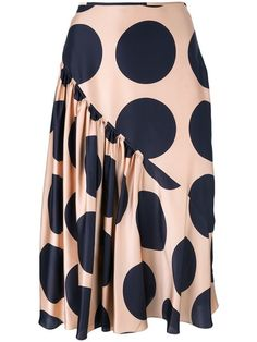 Shop now Stella McCartney large polka dot print skirt for at Farfetch UK. Skirt Outfits, Dress Skirt, Silk Skirt, African Fashion Skirts, High Skirts, Fashion Sewing, Fashion Outfits, Womens Fashion, Dress Fashion