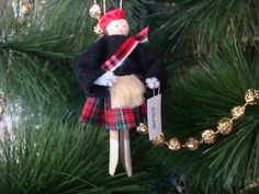 Scotland clothespin doll ORNAMENT Scottish by cherylsdollsnstuff, $4.00