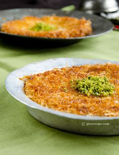Kunefe is a sweet cheese pastry from Turkish cuisine. It is made from kadayif noodles and unsalted melting cheese. One of the best Turkish desserts ever! Hot Desserts, Pudding Desserts, Pastry Recipes, Sweets Recipes, Turkish Recipes, Ethnic Recipes, Cheese Pastry, Food Tasting, Recipe For 4