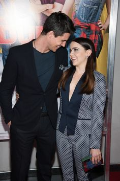 Robbie Amell and Mae Whitman