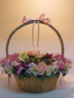 LARGE HANDMADE DECORATED WICKER FLOWER BASKET ARRANGEMENT CRAFTS HANDCRAFTED