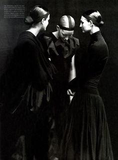 A Long Long Story Vogue Italia July 1998 by Peter Lindbergh