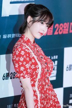 Kpop Fashion, Fashion Beauty, Scarlet Heart Ryeo, Kim Ji Won, K Pop Star, My Wife Is, Bae Suzy, Kpop Outfits, Pop Singers