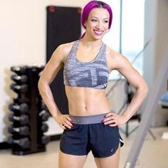 There's a reason @sashabankswwe is able to stay in such BOSS shape! @muscleandfitnesshers @tapout