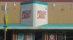 Music & Arts is an online music store that also offers instrument rentals, music lessons & instrument repair at their locations nationwide. Online Music Stores, Music Lessons, Teaching Music, Music Education, Music Education Lessons
