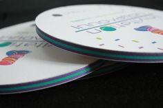 Multiloft invitation pour INAPA showcase avec 15 inserts (purple et turquoise) Invitation, Turquoise, Purple, Carte De Visite, Lush, Cards, Green Turquoise, Invitations, Viola