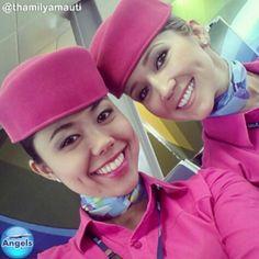Azul Airlines Stewardess Pink Crewfie @blueangelsbr