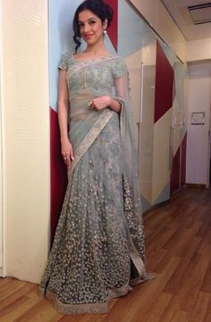 Divya Khosla Kumar In A Light Blue Floral Embroidery Saree. There is no one who does simplicity better then Sabyasachi.in and get this made in your own style and colors delivered to your doorstep. Lets Faaya it. Indian Attire, Indian Ethnic Wear, Indian Style, Indian Dresses, Indian Outfits, Western Dresses, Ethnic Fashion, Indian Fashion, Indische Sarees