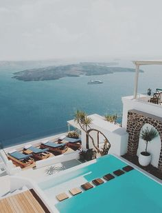 Imagine chilling out here on a hot summer day...Check out on YouQueen.com why Santorini is the new romantic hot spot