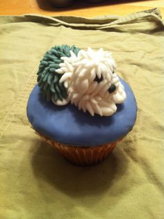 Sheepdog cupcake