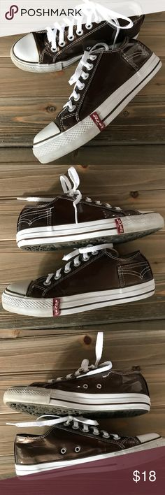 Levi's Brown Patent Style Tennis Shoe size 8