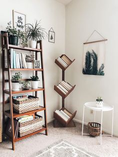 plantshelfie plantlove plants lightandbright livingroom livingroomideas livingroomdecor is part of Bookshelf decor - Interior Design Living Room Warm, Living Room Designs, Small Room Interior, Decor Room, Bedroom Decor, Living Room Plants Decor, Book Shelf Bedroom, Loving Room Decor, Living Room Decor Unique
