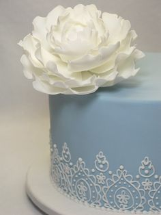 Small wedding cake by Creative Cakes by Julie, via Flickr
