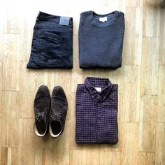 I'm loving autumn already! #tngoutfitgrid _______________ Shirt: @selected_homme Jumper: @urbanoutfittersmens Jeans: @casual.friday.clothing Boots: @randbman ____________ #outfitgrids #gqstyle #styleformen #ootd #lookbook #flatlay #flatlays #outfitgrid #falloutfits #selectedhomme #shoreleave #urbanoutfitters #russellbromley #chukkaboots #stylishmen #selectedhomme