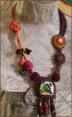 Bijoux textile - fée moi un cygne