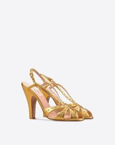 VALENTINO Sandal With Crystals. #valentino #shoes #