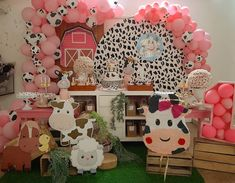 1st Birthday Party For Girls, Girl Birthday Themes, Birthday Decorations, Farm Animal Birthday, Farm Birthday, How To Make Decorations, Cow Decor, Farm Party, First Birthdays