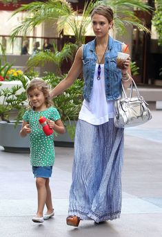 Fabulous Ways to Wear a Maxi Skirt for Spring