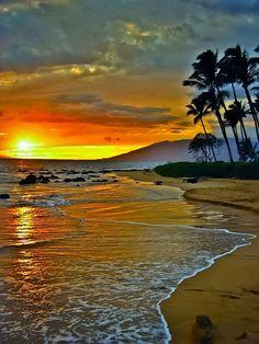 Sunset over Maui, Hawaii