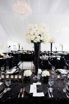 A modern celebration is the perfect choice for moder couples. We gathered the best modern wedding decor ideas that will surprise your guests. Black And White Centerpieces, White Wedding Decorations, Wedding Table Centerpieces, Wedding Flower Arrangements, Wedding Flowers, Wedding Ideas, Teal Decorations, Quinceanera Centerpieces, Centerpiece Flowers