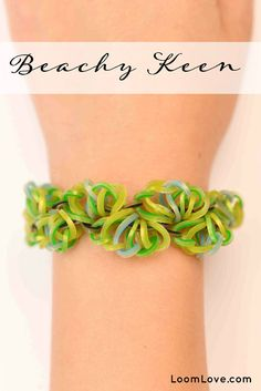 Want to learn how to make Rainbow Loom Bracelets? We've found many rainbow loom instructions and patterns! We love making bracelets, creating and finding helpful loom tutorials. Crazy Loom Bracelets, Loom Band Bracelets, Rubber Band Bracelet, Rainbow Loom Bracelets, Rainbow Loom Tutorials, Rainbow Loom Patterns, Rainbow Loom Creations, Loom Bands Instructions, Loom Bands Tutorial