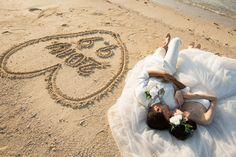 フォトギャラリー 沖縄フォトウェディング、前撮りならドリームスタジオ Dream Studio, Hawaii Wedding, Beach Pictures, Dream Wedding Dresses, Beach Themes, Wedding Bells, Wedding Photos, Wedding Photography, Photoshoot