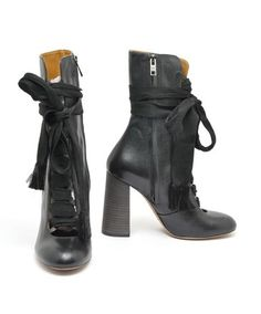 ed18e18b8b5 Chloé Black Leather Lace Up Mid Calf 4.25