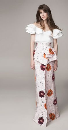 Get inspired and discover Johanna Ortiz trunkshow! Shop the latest Johanna Ortiz collection at Moda Operandi. Floral Fashion, Look Fashion, Covet Fashion, Runway Fashion, High Fashion, Fashion Outfits, Womens Fashion, Fashion Design, Fashion Trends