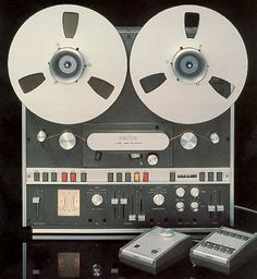 Revox A700 was home version of the B67 master deck. It had three speeds, 3.75, 7.5, and 15 ips. It was the finest home reel-to-reel of the 1970s.