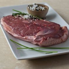 Buy Muscovy duck breasts, lean and tender, juicy and flavorful large Drake duck breasts from the male Muscovy duck, perfect for roasting or sautéing. Wild Game Recipes, Duck Recipes, Gourmet Recipes, Meat Online, Specialty Meats, Muscovy Duck, Gourmet Food Store, Wagyu Beef, Drake