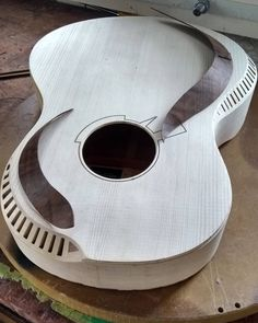 The Music Center. Tips And Tricks To Learning The Guitar. It can be great to learn guitar. Custom Acoustic Guitars, Custom Guitars, Guitar Diy, Cool Guitar, Archtop Guitar, Cigar Box Guitar, Guitar Building, Beautiful Guitars, Guitar Design