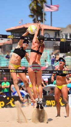 Kerri Walsh Jennings spikes her way to an undefeated weekend the Open championship with April Ross. Beach Volleyball Girls, Sport Volleyball, Female Volleyball Players, Volleyball Pictures, Gymnastics Girls, Beach Girls, Beach Babe, Fitness Photoshoot, April Ross