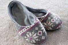 Тапочки из старого свитера
