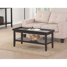 This versatile tray top coffee table works with both contemporary and classic designs.