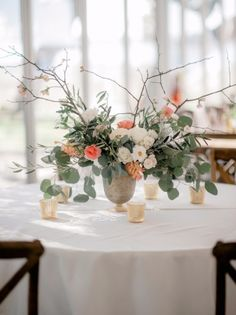 @mikaellabridal   Cute #centerpiece from Real #Bride Erica's #wedding day. You can never go wrong with flowers!