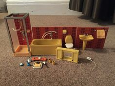 Vintage 1970s Lundby Dolls' House Furniture: Bathroom set & accessories | eBay Miniature Furniture, Doll Furniture, Dollhouse Furniture, Bathroom Furniture, Wood Corner Shelves, Red Tiles, Bathroom Red, Shower Cubicles, Gothenburg