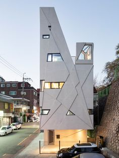 Узкий дом в Сеуле от бюро Moon Hoon