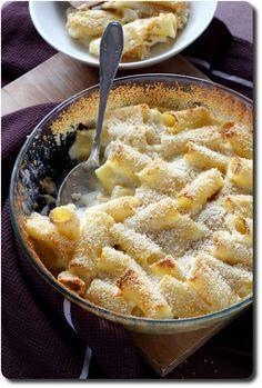 Gratin de pâtes aux trois fromages et chapelure croustillante